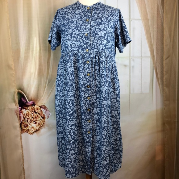 Mainstreet Blues Dresses & Skirts - Mainstreet Blues Blue Floral Short Sleeved Dress